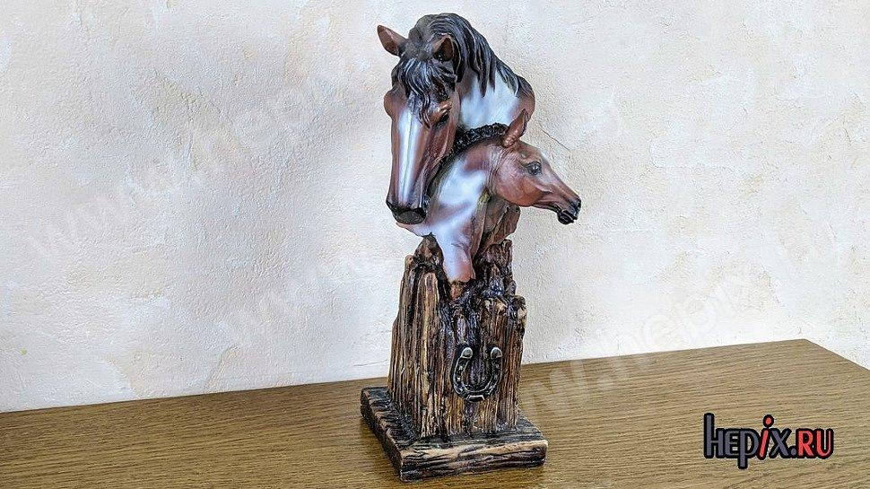 Статуэтка подарочная керамическая Лошади с подковой